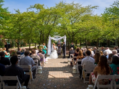 Outdoor wedding at The Penn Stater
